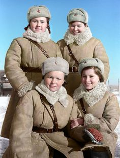 Traffic controllers, Wolchow Front, May of Russia, World War 2 Ww2 Women, Military Women, Military History, Tatiana Romanov, Colorized Photos, Soviet Army, Female Fighter, Female Soldier, Military Photos