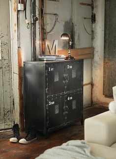 DIY Industrial lockers look great in this space! Perfect storage solution!