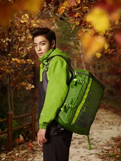 I want... a green North Face jacket! Like the one T.O.P. is modeling here from the 2011 Bigbang North Face campaign. #bigbang #TOP #neverstopdreaming