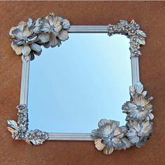 Awesome, right? Find the DIY at Dollar Store Crafts.