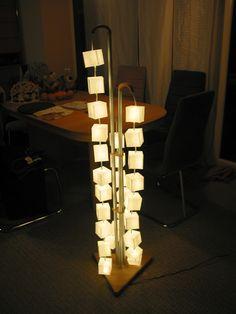 Stehlampe Papierwürfel Bastelanleitung zum selber basteln