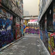 #hosierlane  #hosier0118 #melbourne #hosierla #melbournephotographer #melbournelaneways #melbourneiloveyou #melbournecity #aroundmelbourne #visitmelbourne  #melbourneskyline #melbourneartist #melbournecbd #ig_graffiti #graffiti #ig_australia #ig_victoria #instaaussies #instamelbourne #instamelb #ig_melbourne #melb #australia #ig_aussiepix #instaaussies #instagraffiti