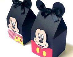 Milks mickey minnie (p/ montar em casa) Theme Mickey, Fiesta Mickey Mouse, Mickey Party, Mickey Minnie Mouse, Mickey Mouse First Birthday, Baby Mickey, Mickey Mouse Clubhouse, Mickey Mouse Decorations, Mickey And Friends