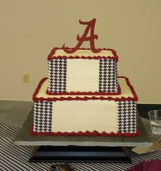 Alabama Grooms Cake Red velvet cake with cream cheese icing. Houndstooth is edible print image, Alabama A is fondant. Football Field Cake, Football Helmet Cake, Football Cakes, Alabama Grooms Cake, Alabama Cakes, Cake Icing, Eat Cake, Cupcake Cakes, Cupcakes