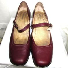 SoftSpots Red Mary Jane shoes Size 12 M janes low heels leather soft spots