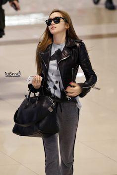 121204 Jessica @ Gimpo Airport