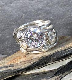 I Love Jewelry, Jewelry Rings, Silver Jewelry, Jewelry Accessories, Silver Rings, Jewelry Design, Jewellery, Heart Jewelry, Rock Rings