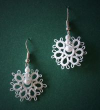Tatted earrings by Annie's Granny Design