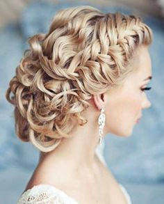 Wedding hair. absolutely beautiful!