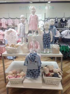 Babyworld hotspot boutique ideas/must haves детский бутик, д Boutique Decor, Boutique Interior, Kids Boutique, Boutique Design, Boutique Ideas, Clothing Store Displays, Clothing Store Design, Kids Store Display, Party Deco