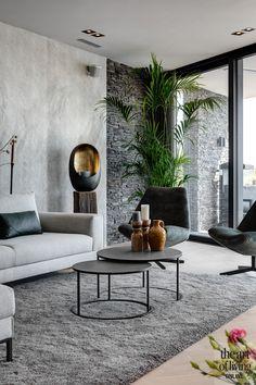Living Room Carpet, Living Room Modern, Interior Design Living Room, Home Living Room, Designer Living Rooms, Luxury Living Rooms, Living Room Contemporary, Natural Modern Interior, Living Room Plants