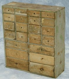 Pine apothecary with 22 dovetailed drawers, partia