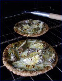 Baby Artichoke Pizza #artichokes #grilled #pizza