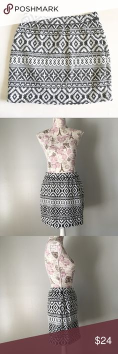 Tribal print Gap skirt Black and white tribal print stretchy skirt. Size M GAP Skirts A-Line or Full