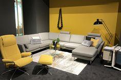 Zu den neuen Wohntrends gehört auch die Stressless Lounge Sofa Serie.