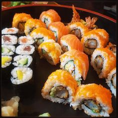 Ooooohhh: Feestje!! :-) #eten #sushi #gezondheid :-)