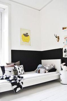 a really pretty stylish black & white room for a boi.