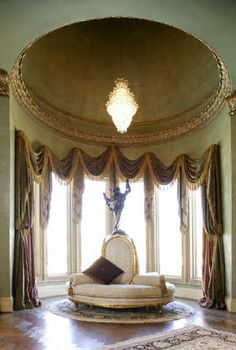Dome at master suite sitting area - so elegant...