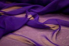 Telas/tejidos OFRECEMOS UN GRAN SURTIDO DE TELAS Y UNA AMPLIA GAMA DE COLORES. Le asesoraremos en tejidos y colores, les daremos información sobre posibles modelos, modistas... A B C E F G L M O P R S T  ACOLCHADO QUILTED STEPPWARE  Tela utilizada para forrar mantitas de bebé o cualquier Sewing, Templates, Baby Afghans, Dressmaker, Chiffon, Bed Covers, Trapillo, Tejidos, Fabrics