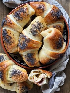 Piece Of Bread, Food Tasting, Sweet Bread, Street Food, Food Videos, Brunch, Food And Drink, Cooking Recipes, Yummy Food