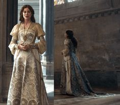 2019 The Spanish Princess episode 8 finale Renaissance Dresses, Medieval Dress, Movie Costumes, Teen Costumes, Woman Costumes, Pirate Costumes, Couple Costumes, Princess Costumes, Group Costumes