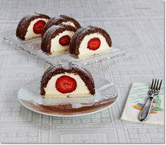 Gizi-receptjei.  Várok mindenkit.: Epres-vaníliakrémes alagút. (Sütés nélküli) Cheesecake, Blog, Minden, Cheesecakes, Blogging, Cherry Cheesecake Shooters
