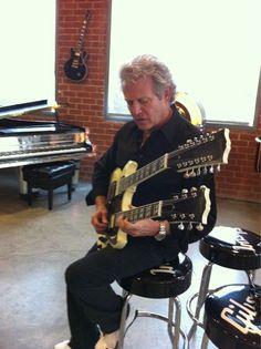 Shared by Gibson90210: Bernie Leadon, Randy Meisner, Eagles Band, Glenn Frey, Hotel California, Film Music Books, Les Paul, Great Bands, Playing Guitar
