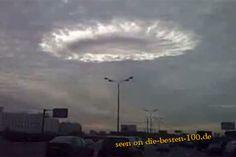 Die besten 100 Bilder in der Kategorie wolken: Heller Wolken-Kreis ?ber Stadt