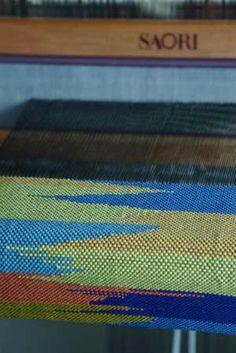 clasped weft technique. Curiousweaver ... a technique often seen in Saori weaving
