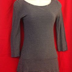 BCBG stripped top Cute 3/4 sleeve top. Navy blue & White. Perfect with jeans BCBG Tops Tunics