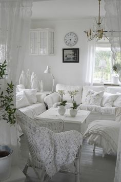 Living room white, living room decor, shabby chic living room, shabby c Shabby Chic Living Room, Shabby Chic Bedrooms, Shabby Chic Kitchen, Shabby Chic Cottage, Shabby Chic Homes, Shabby Chic Furniture, French Furniture, Cottage Living, White Furniture