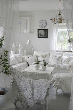 Living room white, living room decor, shabby chic living room, shabby c Shabby Chic Living Room, Shabby Chic Bedrooms, Shabby Chic Kitchen, Shabby Chic Homes, Shabby Chic Furniture, French Furniture, White Furniture, Cottage Chic, White Cottage