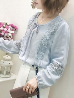 Stylish Dress Designs, Stylish Dresses, Casual Tops For Women, Blouses For Women, Sleeves Designs For Dresses, Casual Hijab Outfit, Kurti Designs Party Wear, Mode Chic, Blouse And Skirt