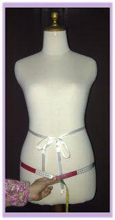 Rumah Jahit Violetta: Menjahit itu Menyenangkan : 3. Cara Mengambil Ukuran Badan Sewing Clothes Women, Sewing Pants, Dress Patterns, Sewing Patterns, Concept Clothing, Craft Room Decor, Sewing Lessons, Batik Dress, Abaya Fashion