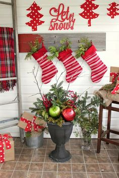 The Creek Line House: DIY Christmas Urns on a Budget!!