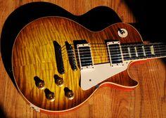 Les Paul Guitars, Les Paul Standard, Guitar Collection, Guitar Songs, Gibson Les Paul, Acoustic Guitars, Vintage Guitars, Cool Guitar, Eye Candy