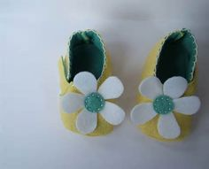 make felt baby shoes - Bing Images