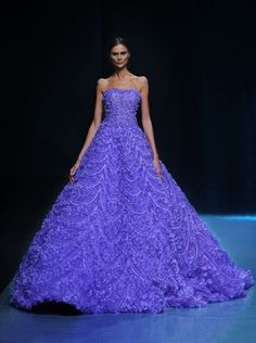 Amazing dresses by Michael Cinco Glamsugar.com Spring Summer  Michael Cinco Couture  2015