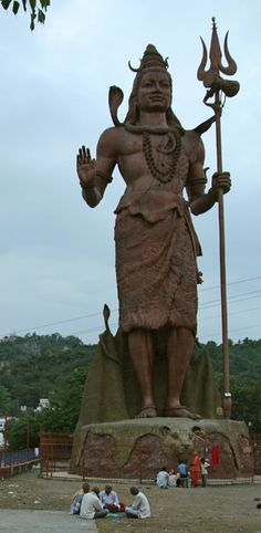 41. Lord Shiva of the Har-ki-Pauri, Haridwar, Uttarakhand, India Height : 30.5 m