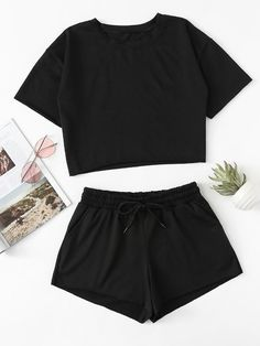 Drop Shoulder Crop Tee With Shorts -SheIn(Sheinside) - Buy Womens Clothing Online CanadaDrop Shoulder Crop Tee With Shorts -SheIn(Sheinside) Girls Fashion Clothes, Teen Fashion Outfits, Teenage Outfits, Outfits For Teens, Preteen Fashion, Style Clothes, Fashion Fashion, Cute Lazy Outfits, Short Outfits