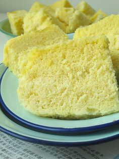Ah Mah's Traditional steamed sponge cake by Nasi Lemak Lover (http://nasilemaklover.blogspot.c, via Flickr