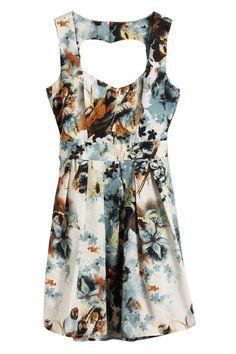 Floral Heart Cut-out Dress  $33.99 #Romwe