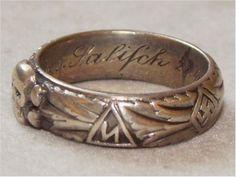 Totenkopf Ring, von Salisch