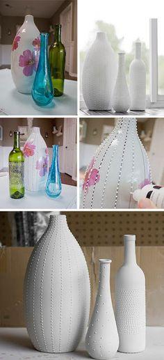Nada de jogar fora as garrafas lindas que compramos com azeite, vinho ou um vaso…