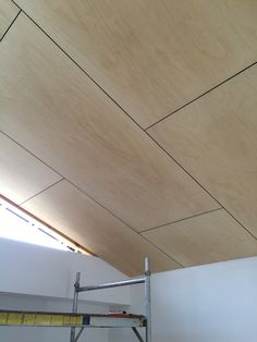 Dining Room Wall_Raked ply ceiling within the master bedroom. Plywood Ceiling, Plywood Walls, Timber Ceiling, Wood Ceilings, Ceiling Cladding, Raked Ceiling, Deco Cool, Plywood Interior, Solar Panel Installation