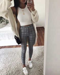 Nice outfits, classy outfits, trendy outfits for teens, spring outfits for teen girls Mode Outfits, New Outfits, Spring Outfits, Fashion Outfits, Fashion 2018, Fashion Ideas, Fashion Trends, College Outfits, Outfits For Teens
