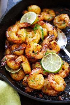 Garlic Honey Lime Shrimp – garlicky, sweet, sticky skillet shrimp with fresh lime. This recipe is so good and easy, takes only 15 mins to ma. Lime Shrimp Recipes, Fish Recipes, Seafood Recipes, Dinner Recipes, Cooking Recipes, Healthy Recipes, Recipes For Cooked Shrimp, Delicious Recipes, Chili Lime Shrimp