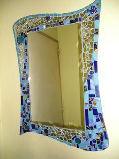 espejos decorados con venecitas, mosaicos, espejitos y gemas