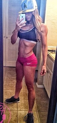 Paige Hathaway looking so fit!!