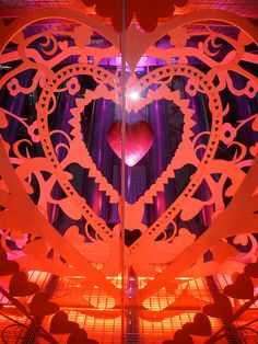 London Eye valentine window graphics detail by Octink, via Flickr Valentine Picture, Store Window Displays, Window Graphics, London Eye, Chalkboard Art, Holiday Parties, Valentines, Windows, Retro
